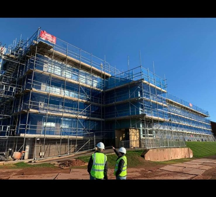 Scaffolding for Roofing Projects